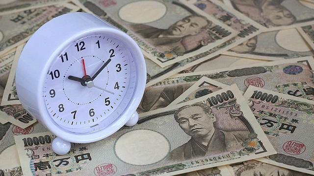大阪のキャバクラの時給相場は安い